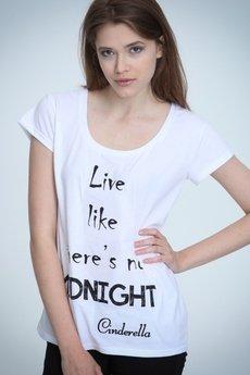 NAOKO - T-shirt NOH8 Cinderella