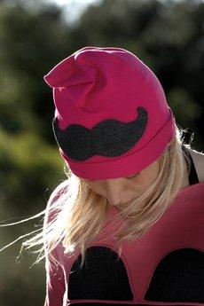 Chapoosie pink beanie mustache 2