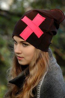 - Czapka Chapoosie Pink Cross Beanie