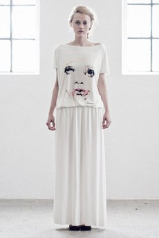 - Sukienka MINEFY