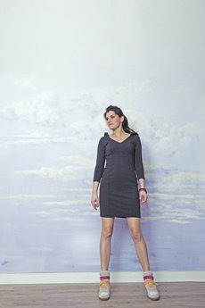 RISK made in warsaw - sukienka z kapturem SEXY HOODIE grafit