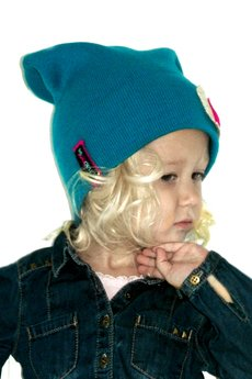 Chapoosie czapka blue beanie   sweet hearts 1