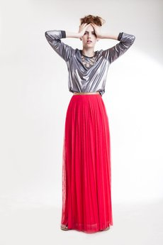 Zuzanna Krynicka - plisowana spódnica maxi koral