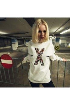 - X white Crewneck