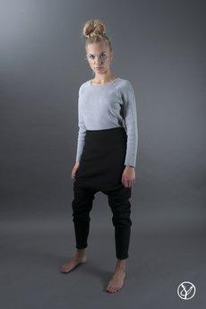 Hultaj Polski - Spodnie czarne wąskie damskie