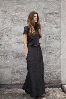 polanka - Sukienka z gumką w pasie i krótkim rękawem granatowa polanka