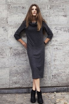 - Sukienka z kominem szara polanka