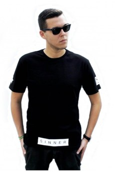 MAJORS - Sinner Black Tee
