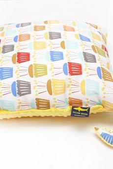 YELLOW SHARK - Komplet muffinki kocyk i poduszka