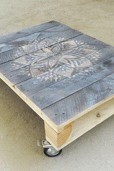 - Ława z palety drewnianej malowany blat!