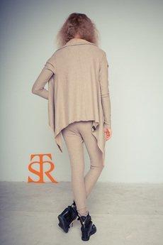 - Sweterek dzianinowy STR