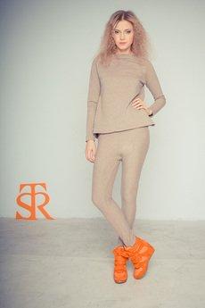 - Bluzka STR