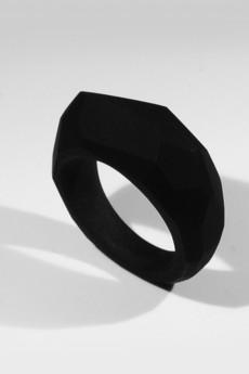 Monopolka - kanciak czarny