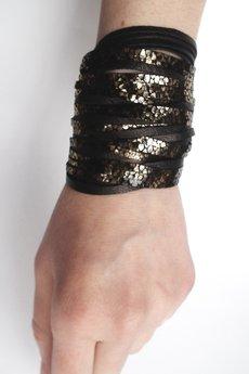 Mikashka - Bransoleta skórzana czarna złote łuski