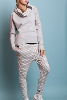 - SLACKS - spodnie z kolekcji Black&White