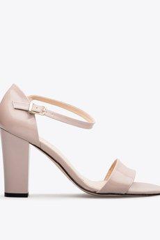 Gloss shoes  sanda%c5%82y lakierowane r%c3%b3%c5%bc  389z%c5%82  1