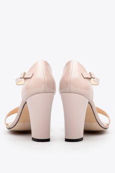 Gloss shoes  sanda%c5%82y lakierowane r%c3%b3%c5%bc  389z%c5%82  3