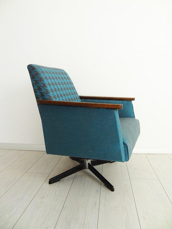 Redesign Obrotowy Fotel Prl Niebieski Kolorum Meble