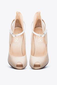 Gloss Shoes - Szpilki z podwyższoną pietą i paskiem
