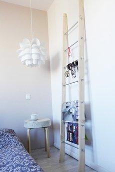 Kolorum - dekoracyjna DRABINA/ GAZETOWNIK