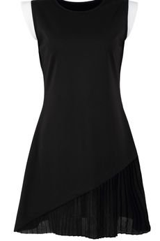 - Czarna sukienka z plisem