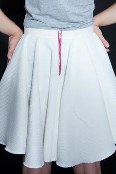 w kropki - PIN UP BABY! Biała, zwiewna spódnica