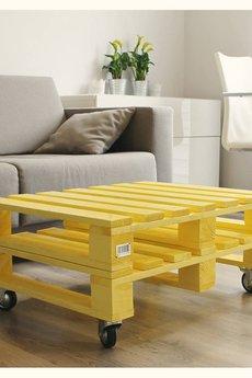 - żółty stolik z palet!