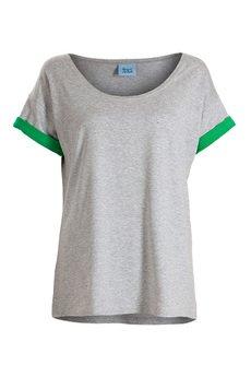 - T-shirt z podwójnymi rękawami