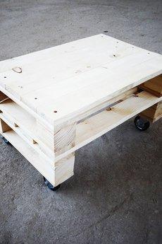 Kolorum - Drewniany stolik kawowy!