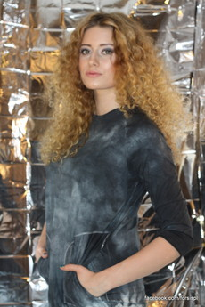 - Sukienka BLACK