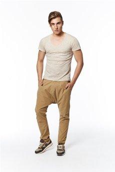 MADOX design - spodnie z niskim krokiem kamelowe