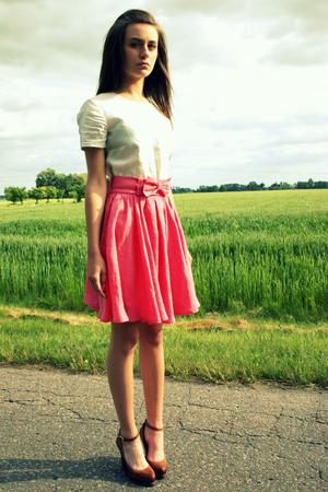 Różowa spódnica z koła