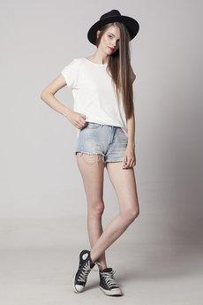 - MIZA | bluzka