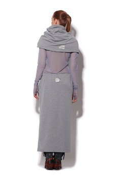 - długa spódnica dresowa