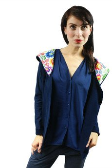 - dresowa narzutka, bluza