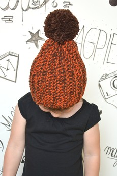MAGPIE - Orange&Brown Pompon