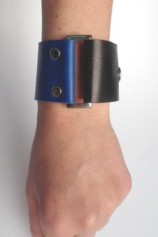 Mikashka - Bransoletka skóra kobalt-czerń BUCKle