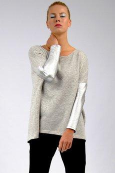 - SPARK blouse / NOT SO BASIC line