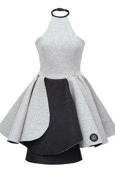 - Sukienka pianka STR