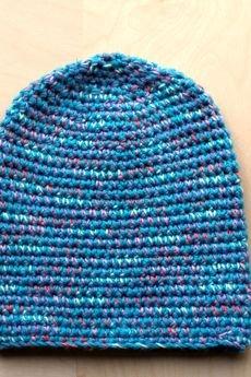 - Wełniana czapka