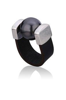 Joccos Design - Black Pearl Ring in Silver