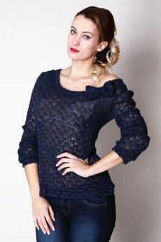 Justyna Ołtarzewska - Moherowy sweterek z nitką srebra
