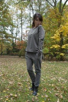 On You - Spodnie dresowe czarne