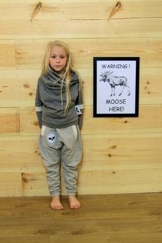 Loose Moose- fashion for Loose kids - Gray For A Day- bluza grafitowa