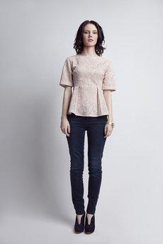 Lanti - Elegancka koronkowa bluzka BLU 120 beż