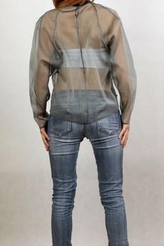 - Przezroczysta bluzka