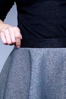 w kropki - Srebrna spódnica z pianki