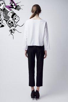 Luiza Kimak - Biała bluzka oversize z różową muchą
