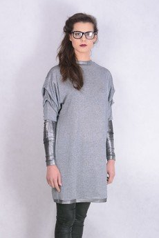 - sukienka metallic