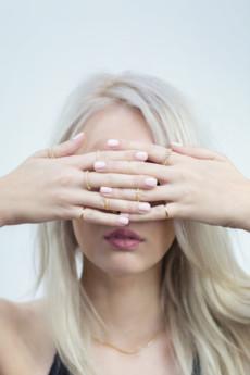 """Selfie Jewellery - Knuckle ring """"połówka"""" złocony"""